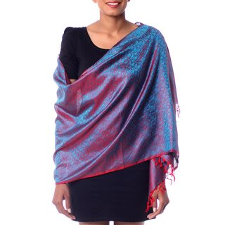 Handcrafted Varanasi Silk 'Feminine Flair' Shawl (India)