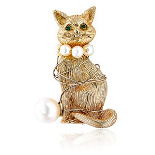 14K Yellow Gold Cat and Ball of Yarn Estate Brooch