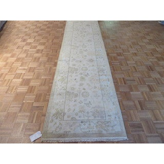 Hand Knotted Ivory Oushak with Wool Oriental Rug (3'1 x 11'10)