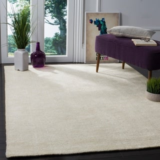 Safavieh Hand-Knotted Stone Wash Ivory Wool Rug (8' x 10')
