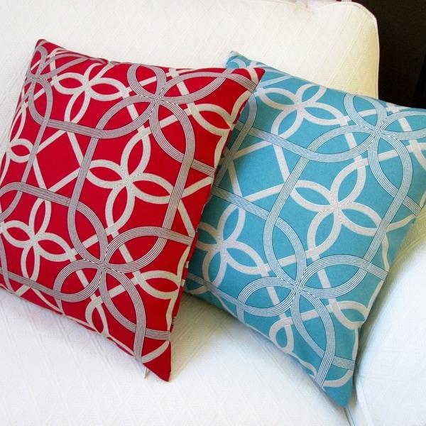 Artisan Pillows Keene 18-inch Modern Coastal Outdoor Throw Pillows (Set of 2)