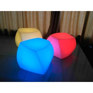 Contempo Lights Quinn Resin Color Changing Lamp