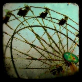 Marmont Hill - 'Ferris Wheel' Painting Print on Wrapped Canvas