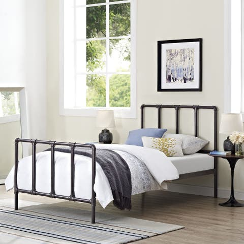 Dower Bed in Brown