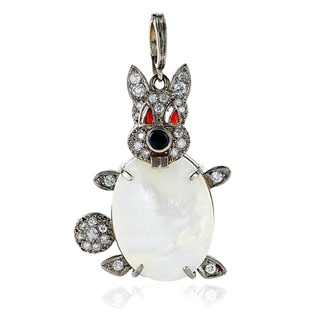 Platinum 1/2ct TDW Diamond, Pearl, Coral, and Onyx Antique Rabbit Estate Pendant Necklace (H-I, SI1-SI2)