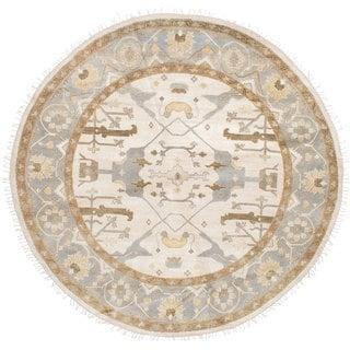 ecarpetgallery Hand-Knotted Royal Ushak Ivory Wool Rug (8'0 x 8'0)