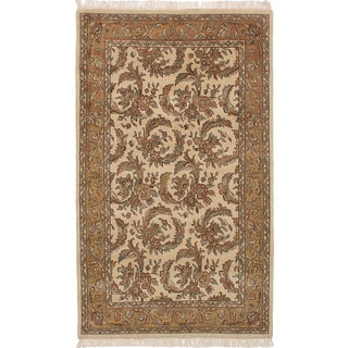 ecarpetgallery Hand-Knotted Jamshidpour Ivory Wool Rug (4'10 x 8'0)