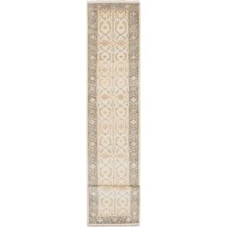 ecarpetgallery Hand-Knotted Royal Ushak Ivory Wool Rug (2'7 x 15'10)