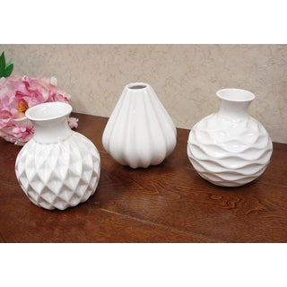 D'Lusso Designs Nadia Collection White Ceramic Small Vase (Pack of 3)