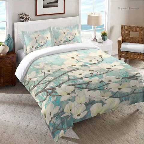 Laural Home Flowering Dogwood Blossoms Comforter