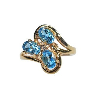 Kabella 14k Yellow Gold 1.5ct TGW Blue Topaz and .02ct TDW Diamond Ring (H-I, I2-I3)