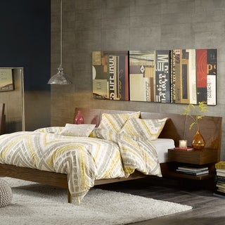 INK+IVY Clark Pecan Bed with Two Nightstands