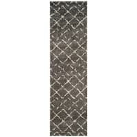 Safavieh Arizona Southwestern Brown/ Ivory Shag Runner (2' x 8')
