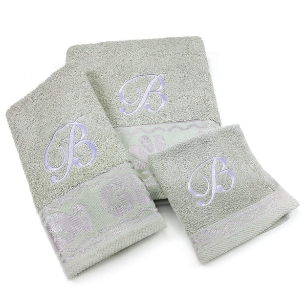 Kaufman Elegant 3-Piece Towel Set Jacquard Fish Border with Monogram.