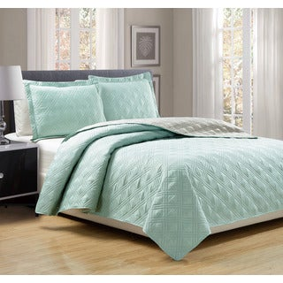 3-piece Solid Reversible Quilt Set