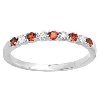 10k White Gold 1/3ct TW Round White Diamond and Garnet Anniversary Wedding Stackable Band (I-J, I2-I3 )