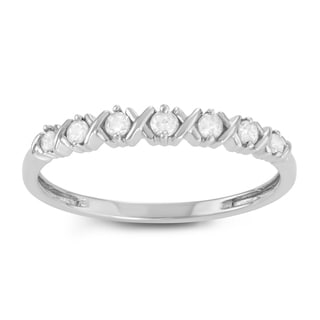 Journee Collection Sterling Silver 1/6 CT TDW Diamond Round Cut Prong Wedding Band