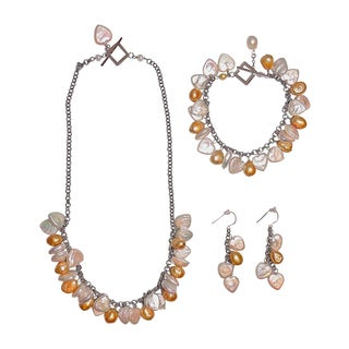 Heart-shaped Pearl with Gold Pearl Set