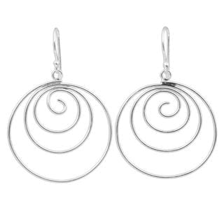 Handcrafted Sterling Silver 'Ever Inward' Earrings (Thailand)
