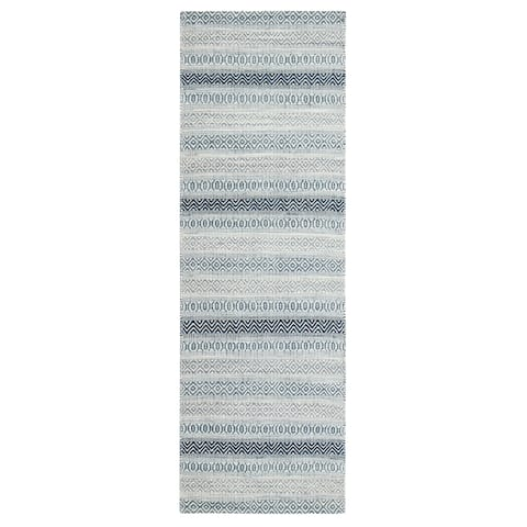 """Jani Tribe Blue and Ivory Natural Fibers Handwoven Rug - 2'6"""" x 8'"""