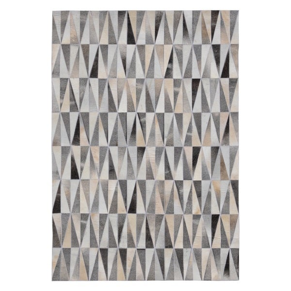 Hand-stitched Spikes Cow Hide Leather Grey Rug (5' x 8')