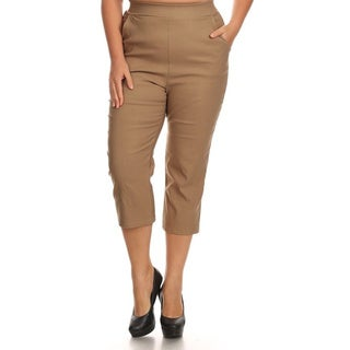 Women's Solid Polyester and Spandex Plus-size Cropped Pants (3 options available)