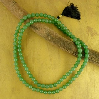 Handcrafted Polyester 'Pray' Aventurine Prayer Beads (India)