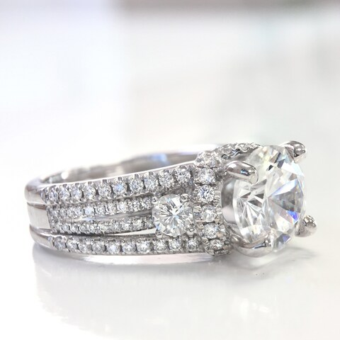 Lihara and Co. 18K White Gold and 1.20ct TDW Semi-Mount Diamond Engagement Ring - White G-H