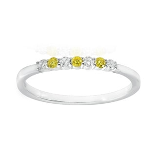 18k White Gold 1/6ct TDW Yellow and White Diamond Band Ring