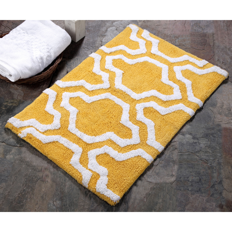 Saffron Fabs 100 Cotton 2 Piece Quatrefoil Bath Rug Set Yellow And White Overstock 13814579