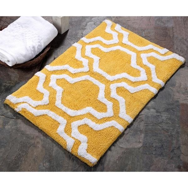 Shop Saffron Fabs 100 Cotton 2 Piece Quatrefoil Bath Rug