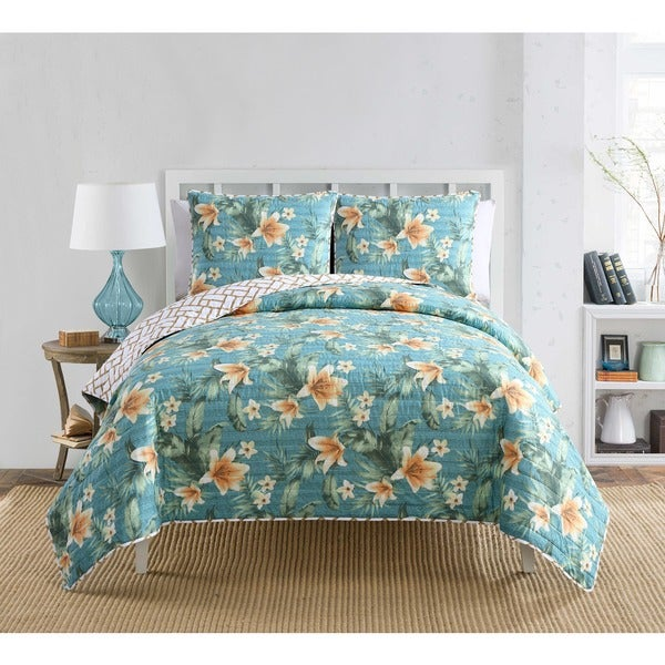 VCNY Resorts Reversible Quilt Set