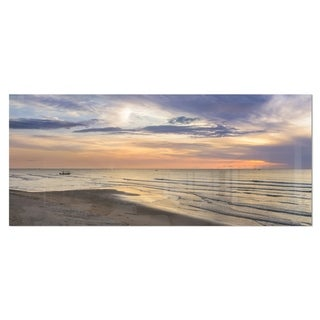 Designart 'Calm Sunset in Thailand Beach' Landscape Metal Wall Art