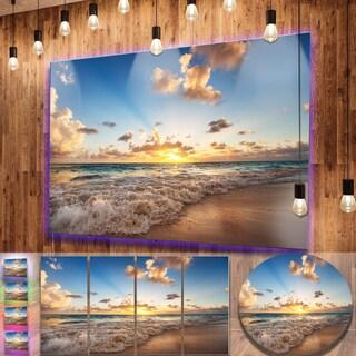 Designart 'Sunrise on Beach of Caribbean Sea' Large Seashore Metal Wall Art