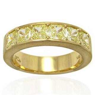 18k Yellow Gold 1 7/8ct TDW Yellow Diamond Band Ring
