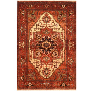 Herat Oriental Indo Hand-knotted Vegetable Dye Serapi Wool Rug (4' x 6')