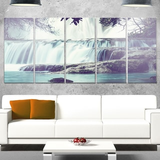 Designart 'Amazing Waterfall in Mexico' Landscape Metal Wall Art Canvas