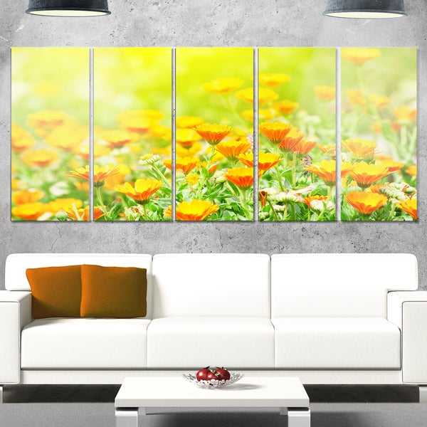 Designart \'Yellow Marigold Flowers\' Extra Large Floral Glossy Metal ...
