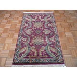 Agra Burgundy Hand-knotted Wool Oriental-style Rug (3' x 4'11)