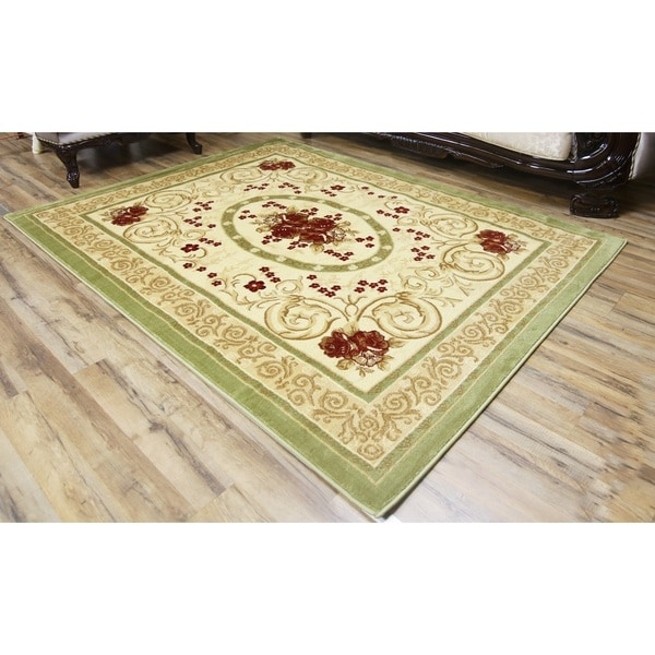 Passion Green Polypropylene Machine-made Area Rug (5' x 8')