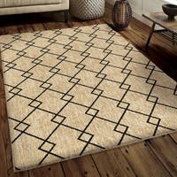 Carolina Weavers Soft Plush Collection Cross Between Tan Shag Area Rug (5'3 x 7'6)