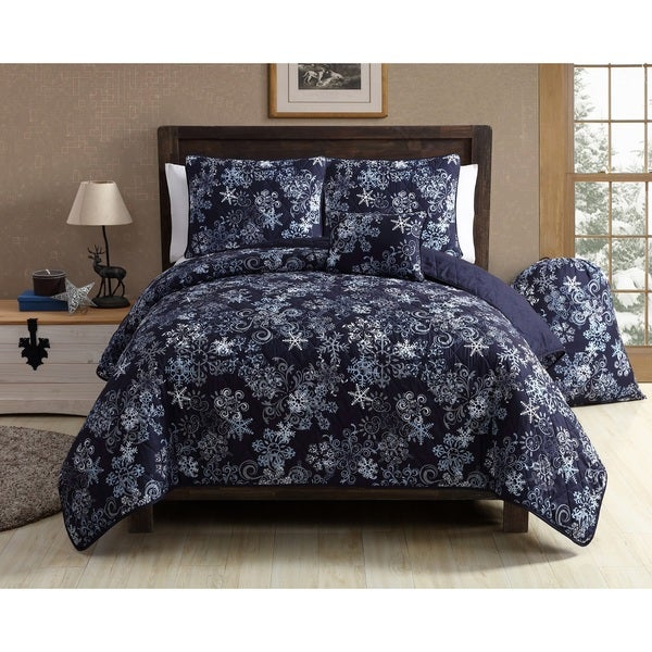 VCNY Home Scroll Snowflake 5 Piece Quilt Set