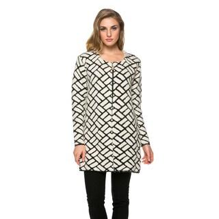High Secret Women's Black and White Geometric Print Acrylic Open Front Cardigan
