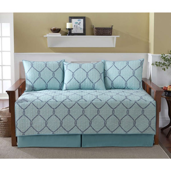 VCNY Home Belmar Blue Lattice Pattern Cotton 5-Piece Daybed Quilt Set