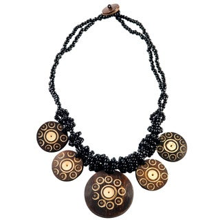 Handmade 1 World Sarongs Women's Beaded Jewelry Flower of Life Round Pendant Coconut Necklace (Indonesia)