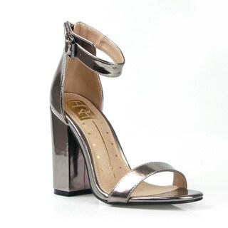 Fahrenheit Women's Constance-01 Heel