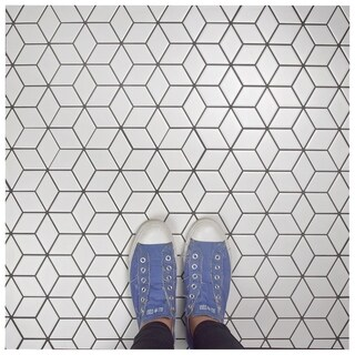 SomerTile 10.5x12.125-inch Victorian Rhombus Matte White Porcelain Mosaic Floor and Wall Tile (10 tiles/9.04 sqft.)
