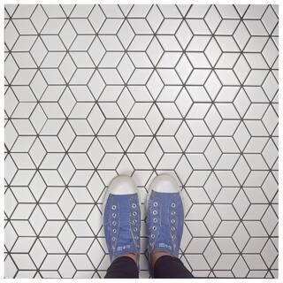 SomerTile 10.5x12.125-inch Victorian Rhombus Matte White Porcelain Mosaic Floor and Wall Tile (10 tiles/9.04 sqft.)