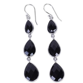 Handcrafted Sterling Silver 'Magical Elegance' Onyx Earrings (India)