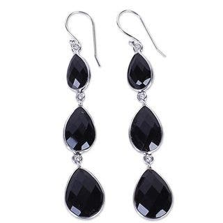 Handmade Sterling Silver 'Magical Elegance' Onyx Earrings (India)|https://ak1.ostkcdn.com/images/products/13860443/P20501490.jpg?impolicy=medium